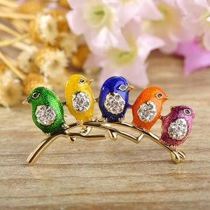 Jewelry - Five little cute birds enamel brooch